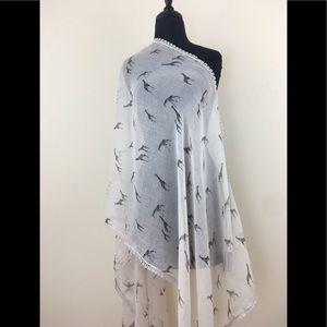🆕TORRID Giraffe Print Embroidered Lace Trim Scarf